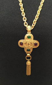 Chanel 94A Vintage Gripoix Cross Tassel CC Pendant Necklace Red Green Gold Metal
