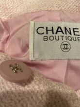 Load image into Gallery viewer, 1990's Vintage Chanel pink coat jacket US 4/6/8
