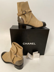 Chanel 2014 Leather Beige Black Logo Short Boots EU 39.5 US 9
