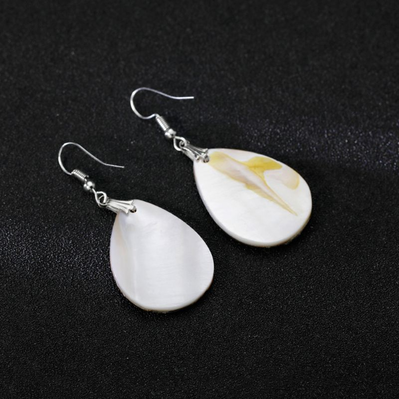 Water Drop Pendant Shell Earrings