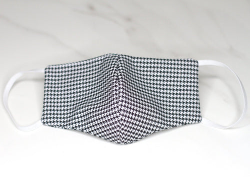 Female | Black and White Houndstooth Print