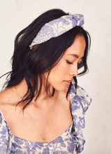 Load image into Gallery viewer, Sea Knotted Headband