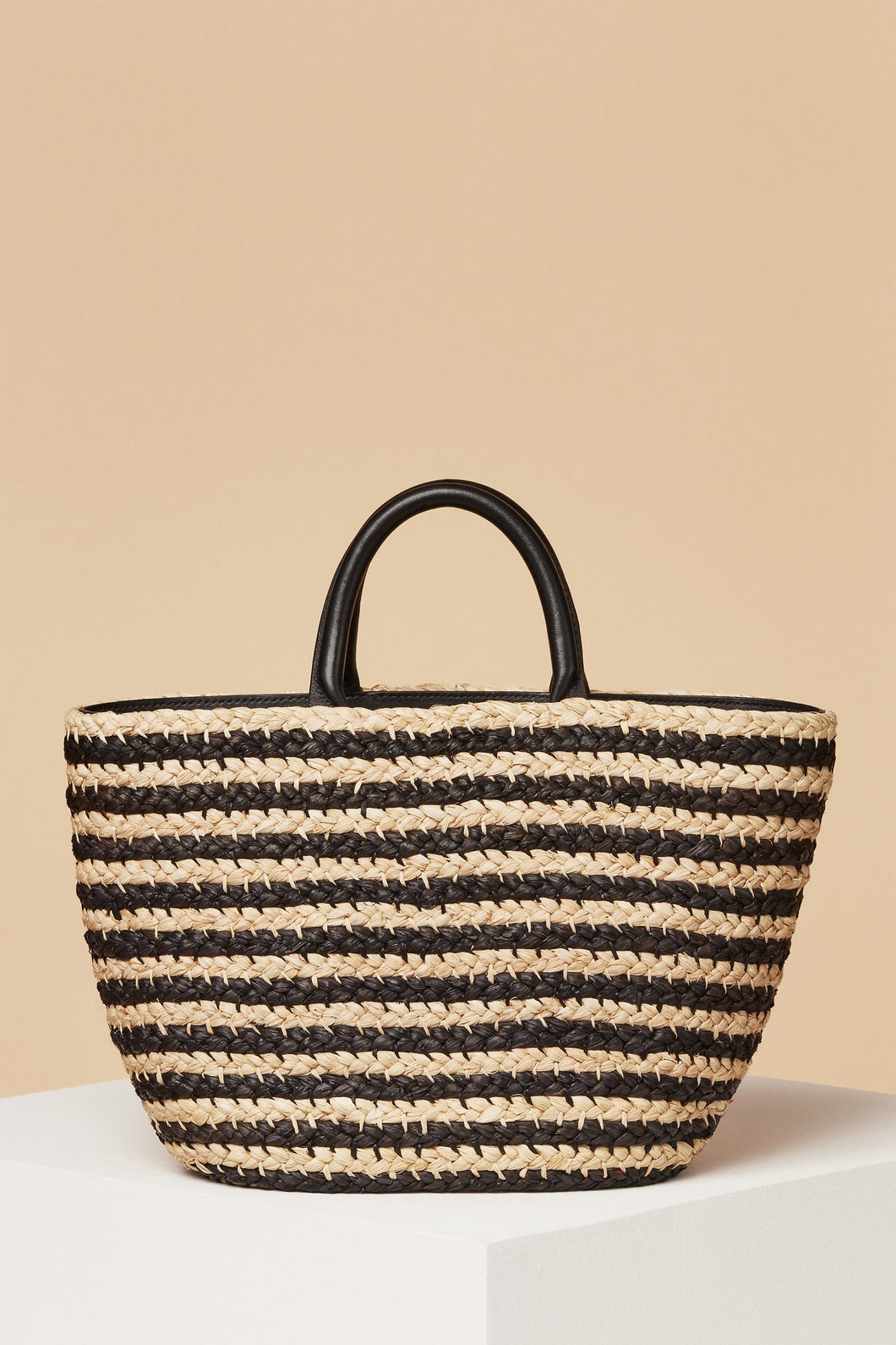 Top Handle Raffia Tote / Zebra Stripe