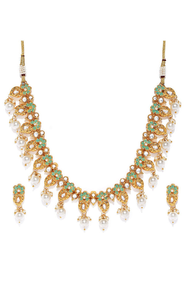 Women's Alloy Necklace Set in Green