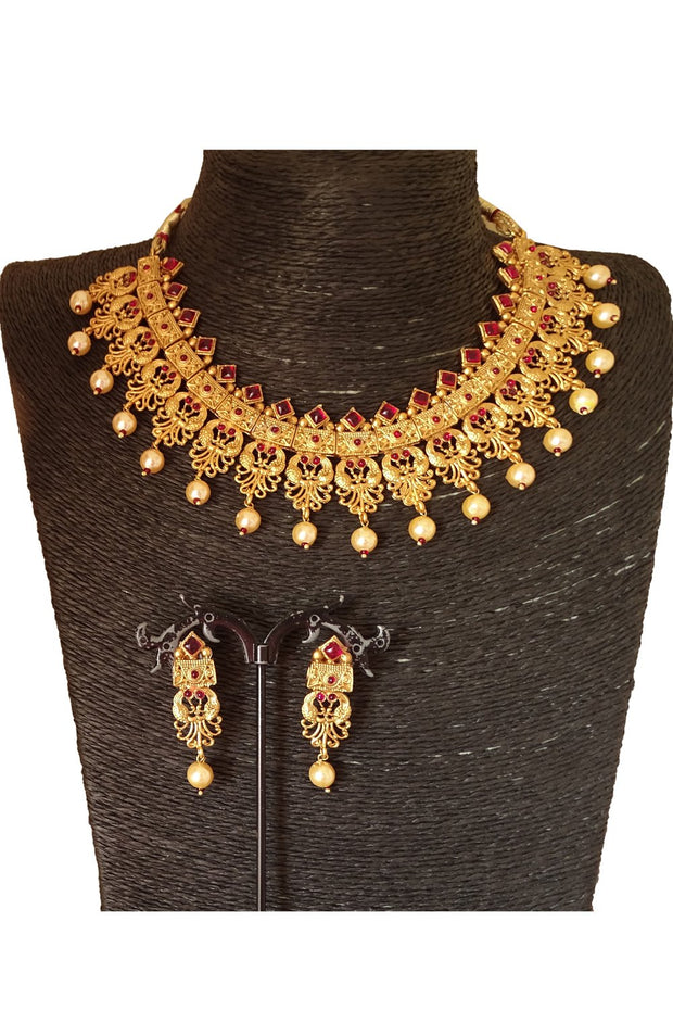 Women's Brass Necklace Set in Red