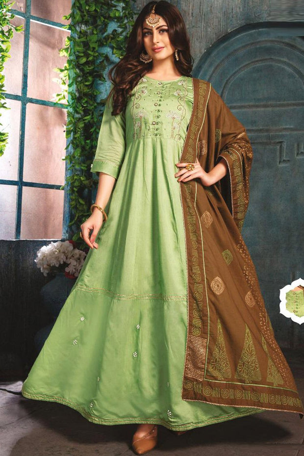 Chanderi Embroidered Top Set in Light Green