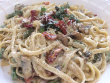 Load image into Gallery viewer, Asparagus and sun dried tomato Fettuccine w/ Nutmeg Alfredo Sauce