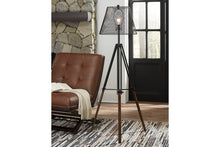 Load image into Gallery viewer, Leolyn Floor Lamp