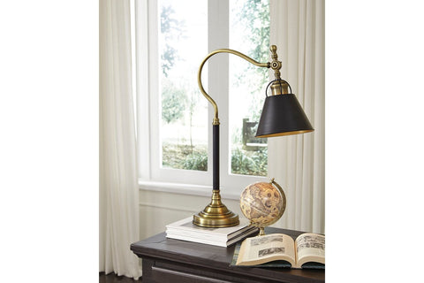 Arvid Desk Lamp