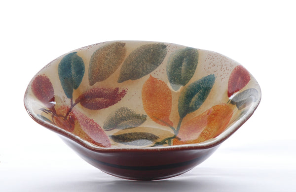 Handmade serving bowl from Modigliani in Rome