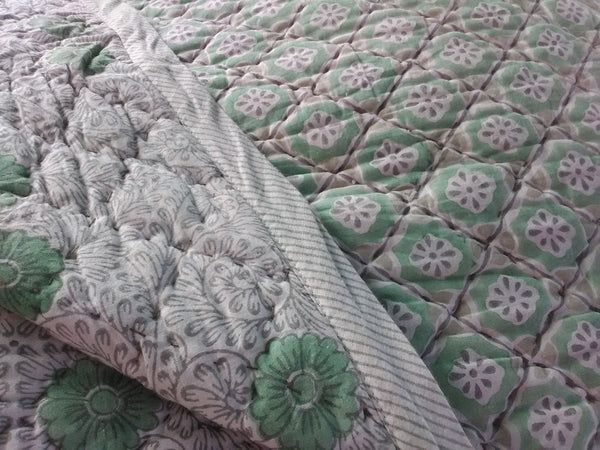 Traditional Hand Stamped Cotton Quilted Bedspread  260x260cm King Size