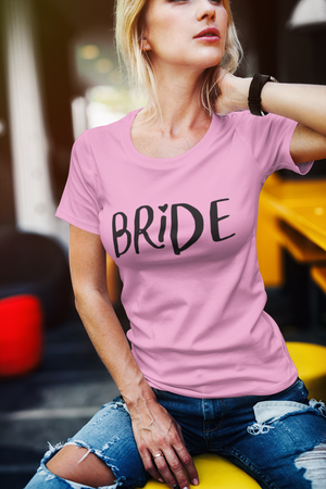 be lorette top t-shirt evjf rose avec flocage Bride en noir