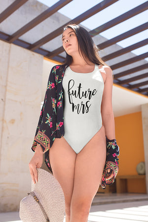 "be lorette maillot de bain evjf une pièce en blanc  ""Future Mrs"" de la collection Madame"