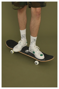 """RADICAL LIFE"" SOCKS (2 COLORS)"