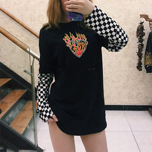 "Load image into Gallery viewer, ""SKATER LOVE"" SWEATER"