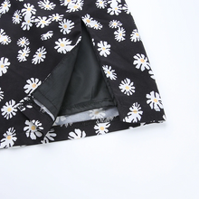 "Load image into Gallery viewer, ""DAISY GAL"" SKIRT"
