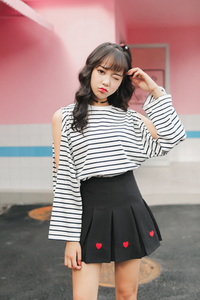 PLEATED HEART SKIRT (3 COLORS)