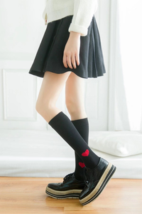 HEART KNEE SOCKS (3 COLORS)