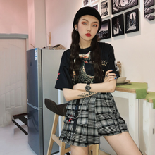 "Load image into Gallery viewer, ""BOYFRIEND CUT"" PLAID SKIRT"