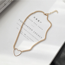 "Load image into Gallery viewer, ""DEAR HEART"" CHOKER (2 COLORS)"