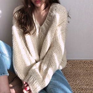 """CECELIA"" SWEATER (2 COLORS)"