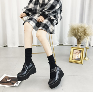 """LINDSEY"" PLATFORM SHOES"