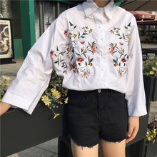 "Load image into Gallery viewer, ""FLORAL MEMORY"" BLOUSE"