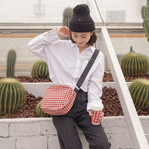 """VACATION"" GINGHAM BAG (2 COLORS)"