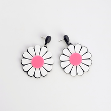 Load image into Gallery viewer, DAISY EARRINGS (3 COLORS)