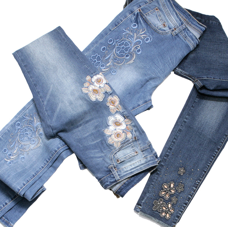 BLOSSOMING BLUE JEANS
