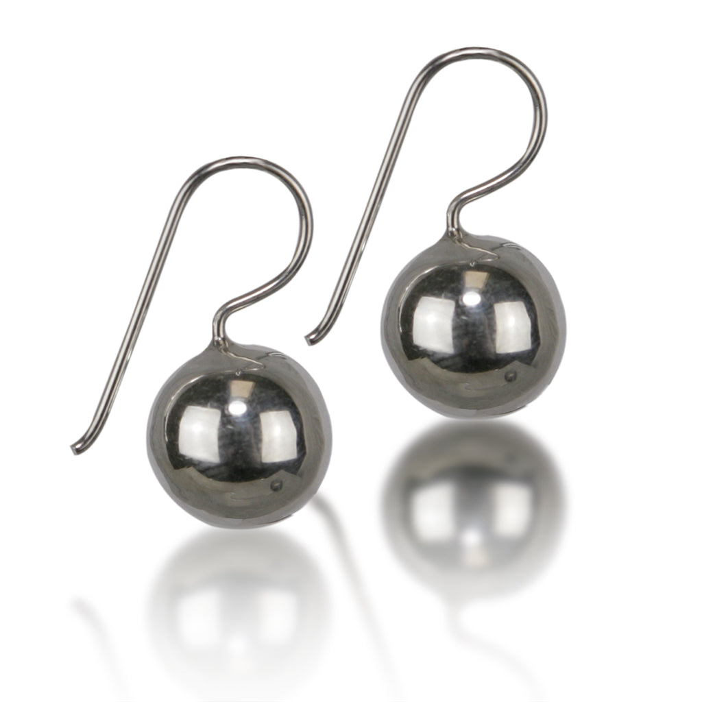 SILVER SA // 12mm BALL EARRING