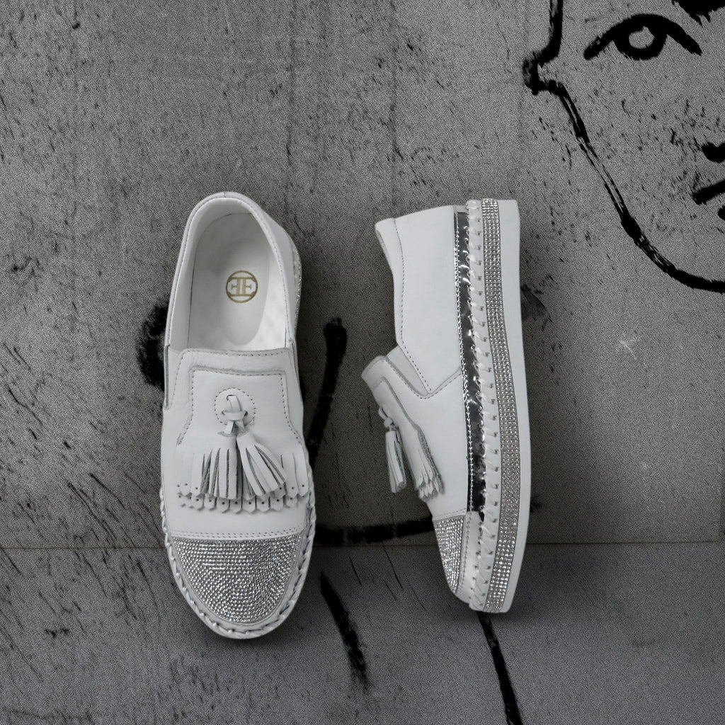 LITTLE EMPRESSES // LCC-6 WHITE SLIP-ON
