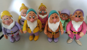 "80's Rubber 6.5"" Disney Thailand Seven Dwarves Set"