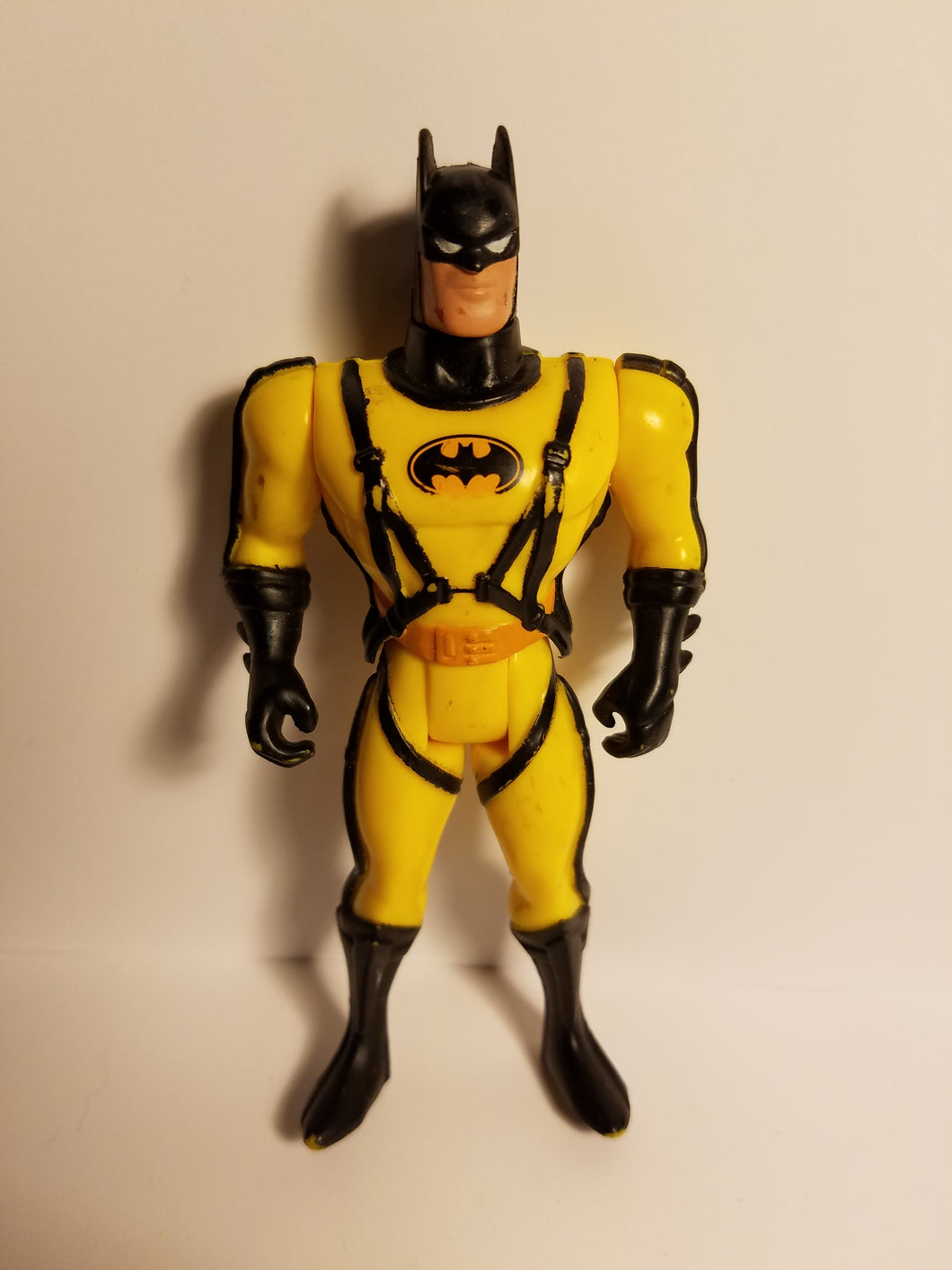 1990 Loose Yellow Suit Batman Action Figure