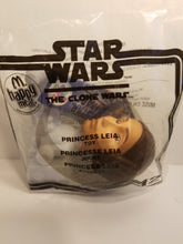 Load image into Gallery viewer, 2008 Princess Leia Star Wars McDonalds Happy Meal Blockade Runner