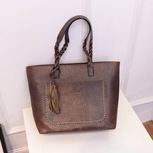 Load image into Gallery viewer, Leather tassel hand bag