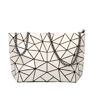 white geometric shoulder bag