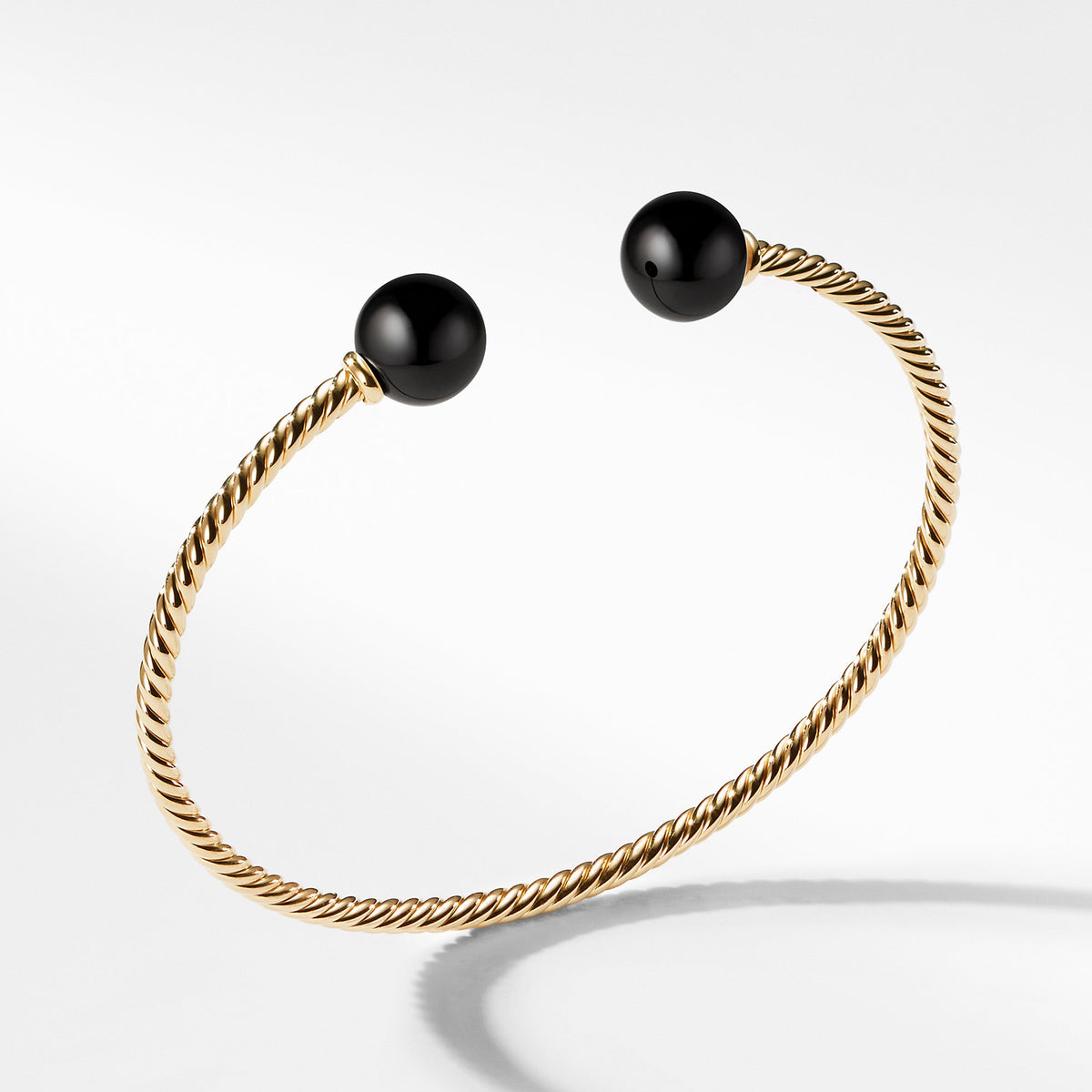 Bead Bracelet with Black Onyx in 18K Gold
