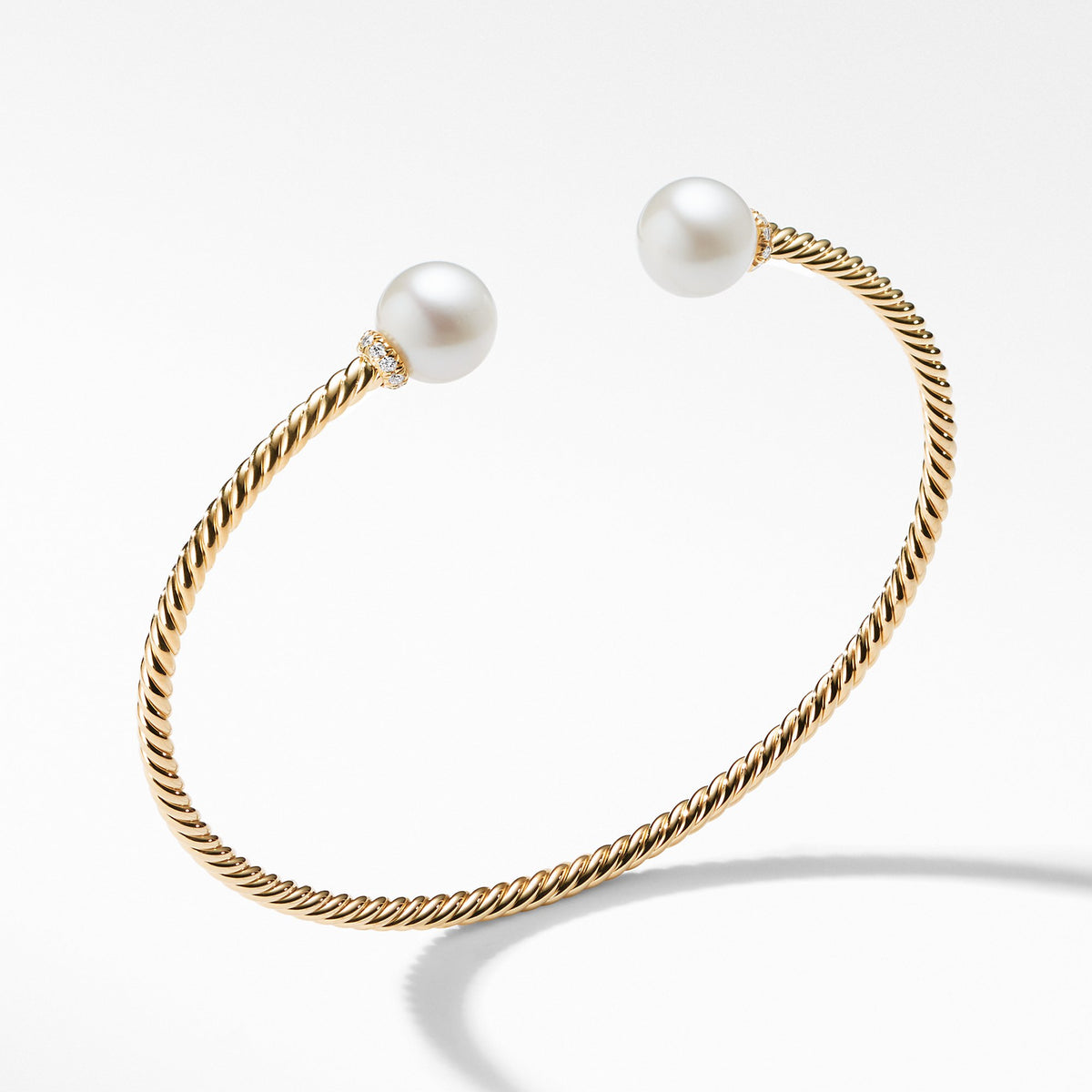 Bead Bracelet with Diamonds and Pearls in 18K Gold