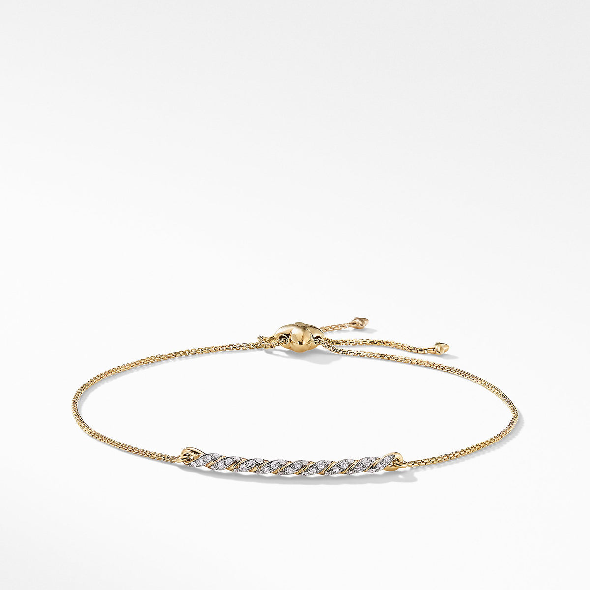 Pav馬ex Station Bracelet with Diamonds in 18K Gold