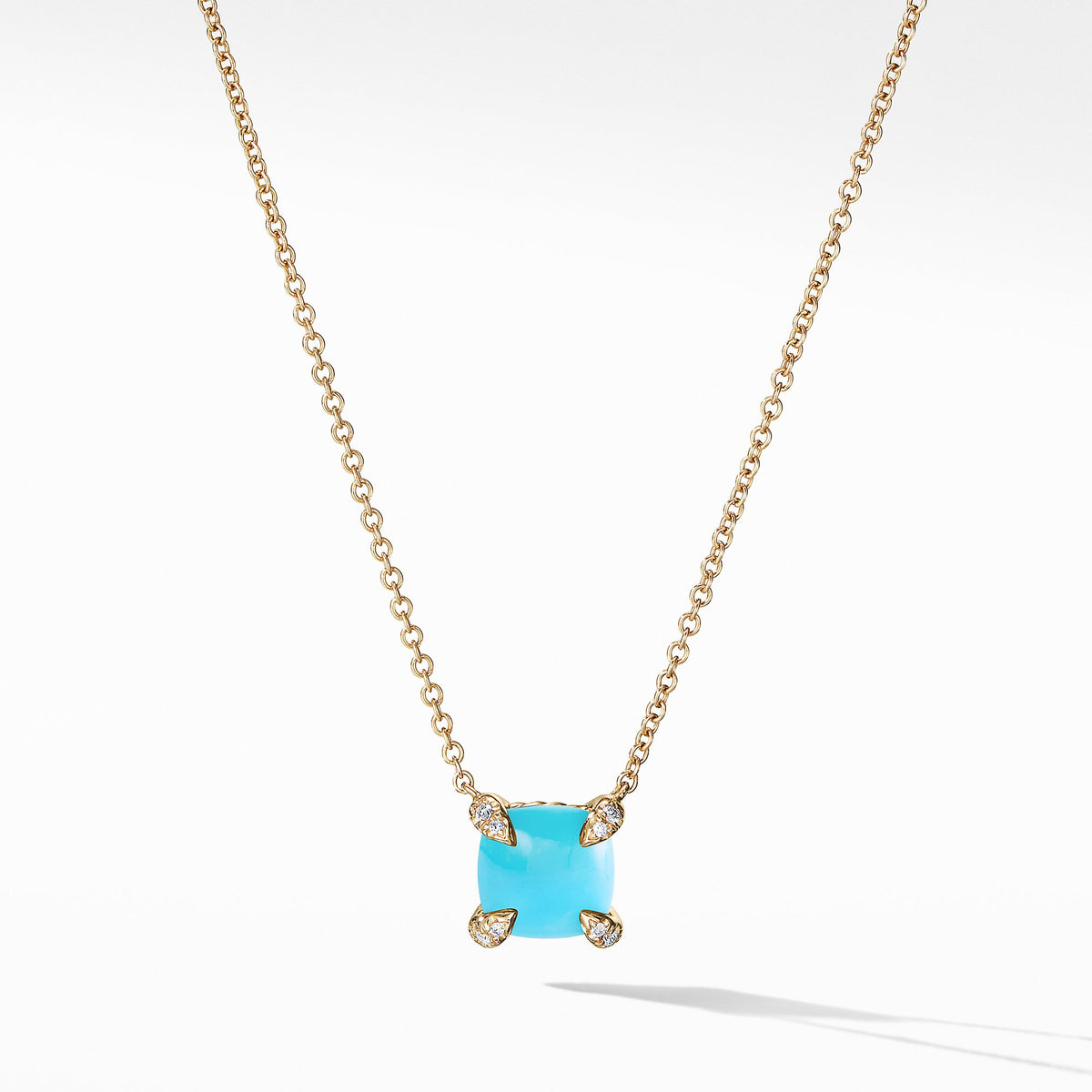 Chⴥlaine Pendant Necklace with Turquoise and Diamonds in 18K Gold