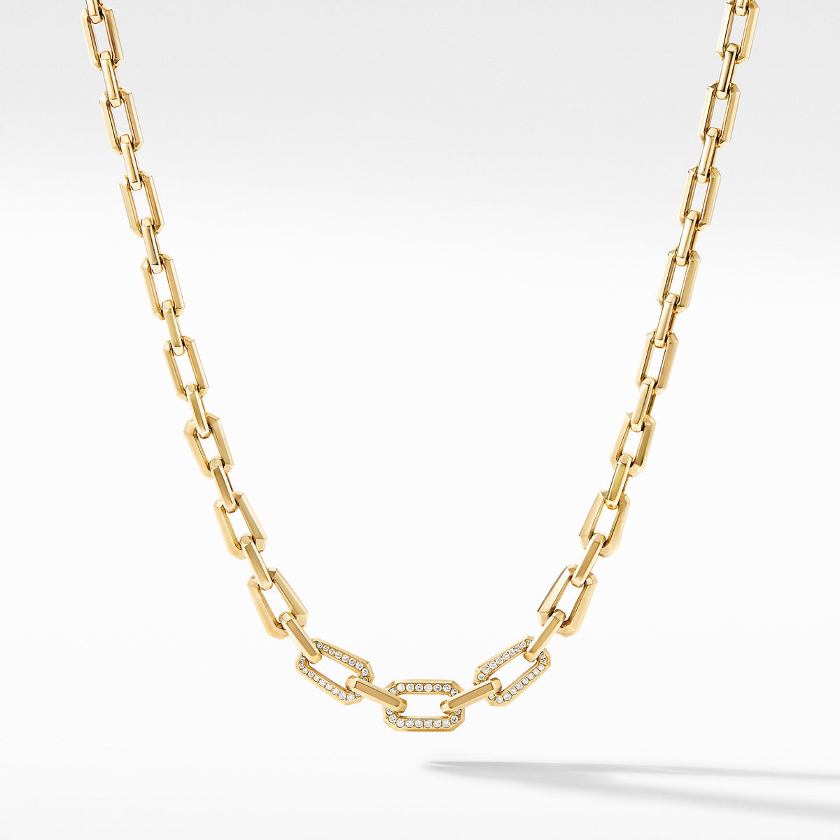 Novella Faceted Chain Necklace in 18K Yellow Gold with Pave Diamonds