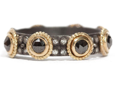 Stslvr/ Old World Black Sapphire & Diamond Band
