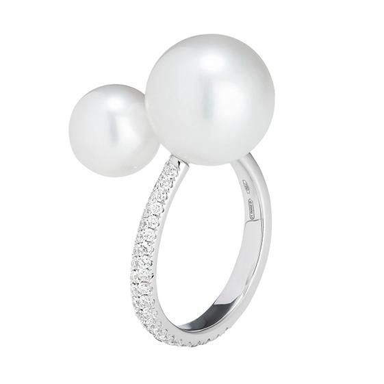 TL Crossover Pearl Ring
