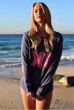 Load image into Gallery viewer, EST 1971  XO Kiss Cotton Windy || OLD NAVY