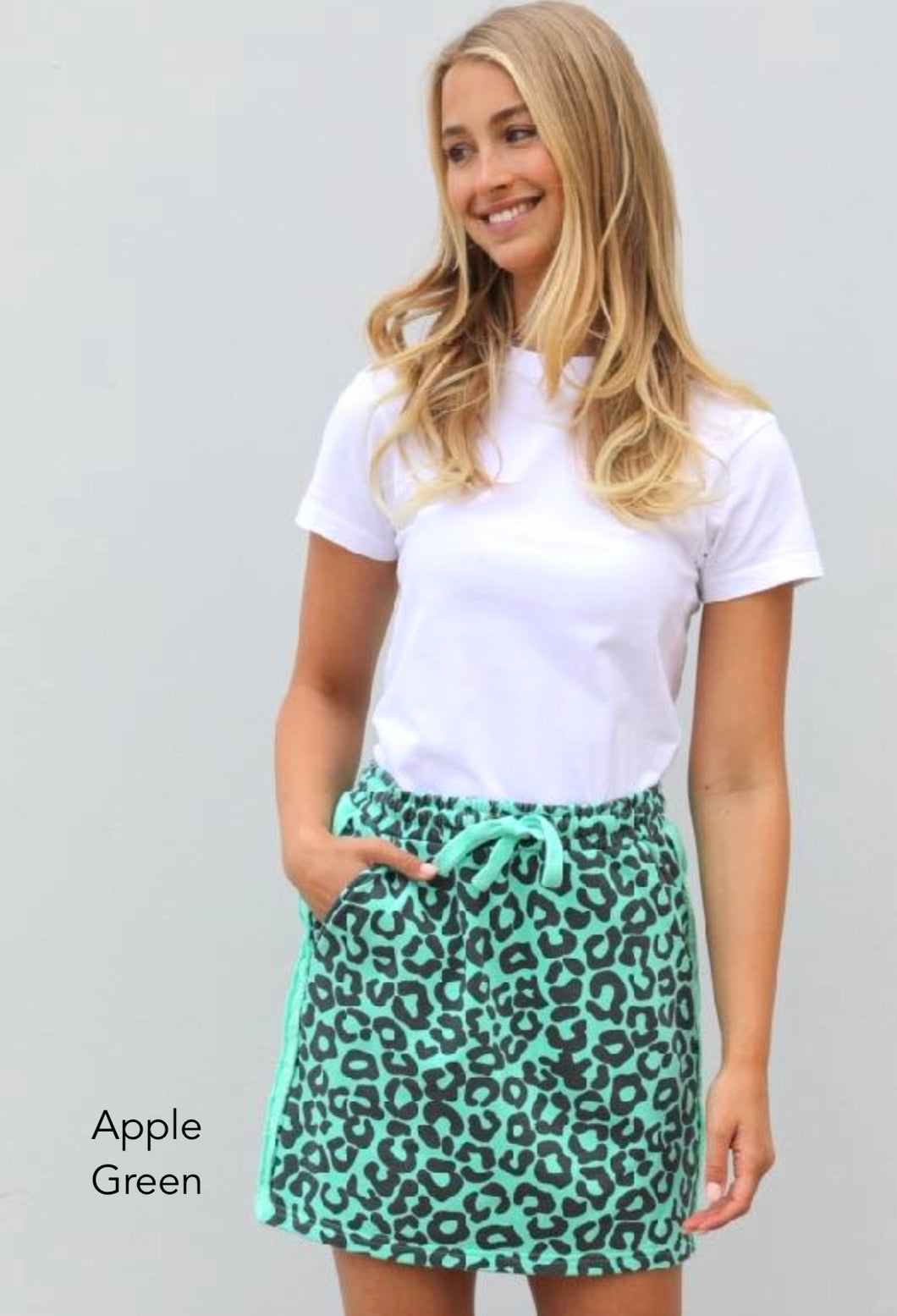 EST 1971 Frayed Stripe Skirty || Apple Green Leopard