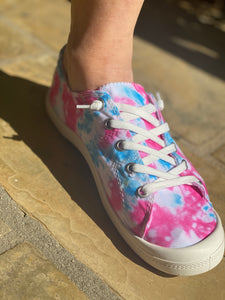 Tie Dye Canvas Sneakers || PINK/BLUE