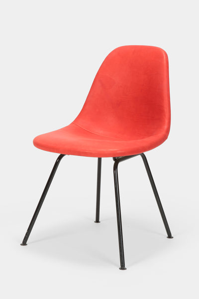 stuhl-charles-and-ray-eames-60er-rot