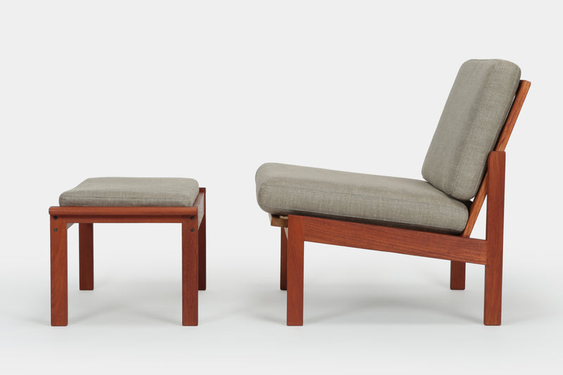 Capella Lounge Chair with Ottoman Illum Wikkelsoe