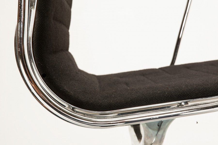 Eames Alu EA 108 von Charles and Ray Eames